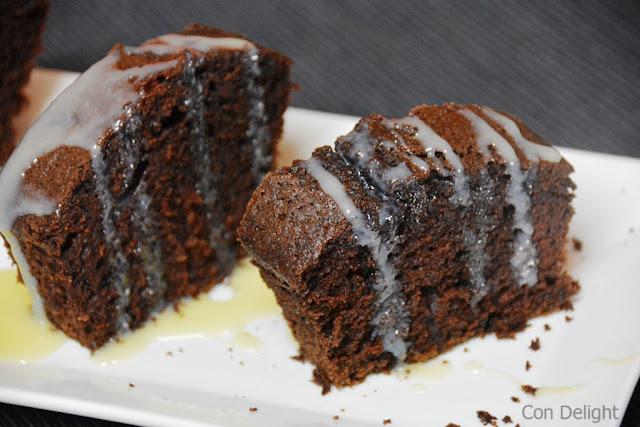 עוגת שוקולד עסיסית moist chocolate cake