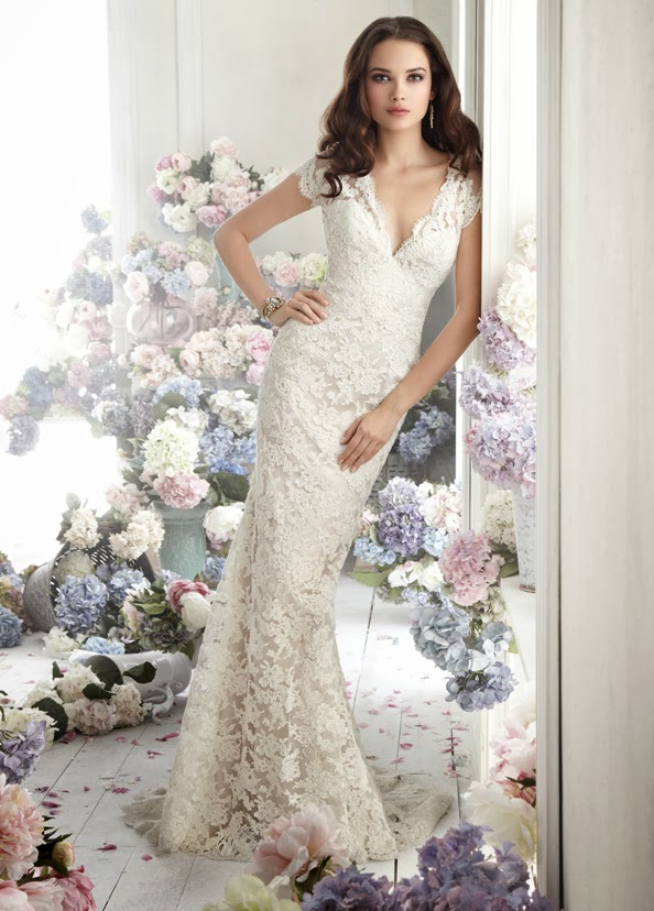 Spring Wedding Dresses And Accessories