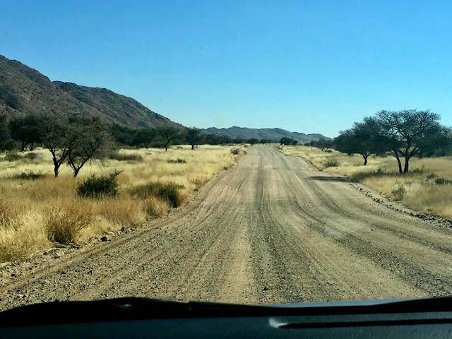 carretera D en Namibia