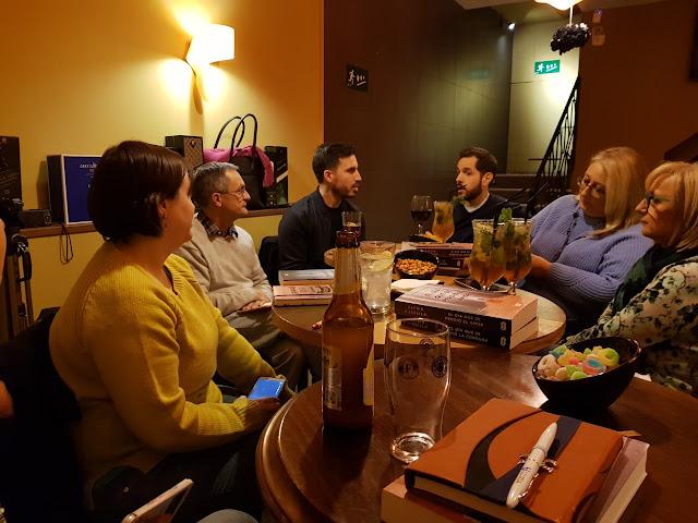 Blog Negro sobre Blanco. Encuentro con Javier Castillo. Fotografía, María Loreto Navarro Pacheco