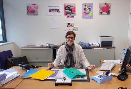 Aero Posts Une Nouvelle Assistante Sociale Au College
