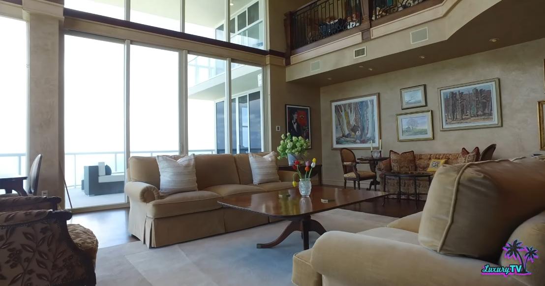 34 Photos vs. 6051 N Ocean Dr PH 5, Hollywood, FL Interior Design Luxury Penthouse Tour