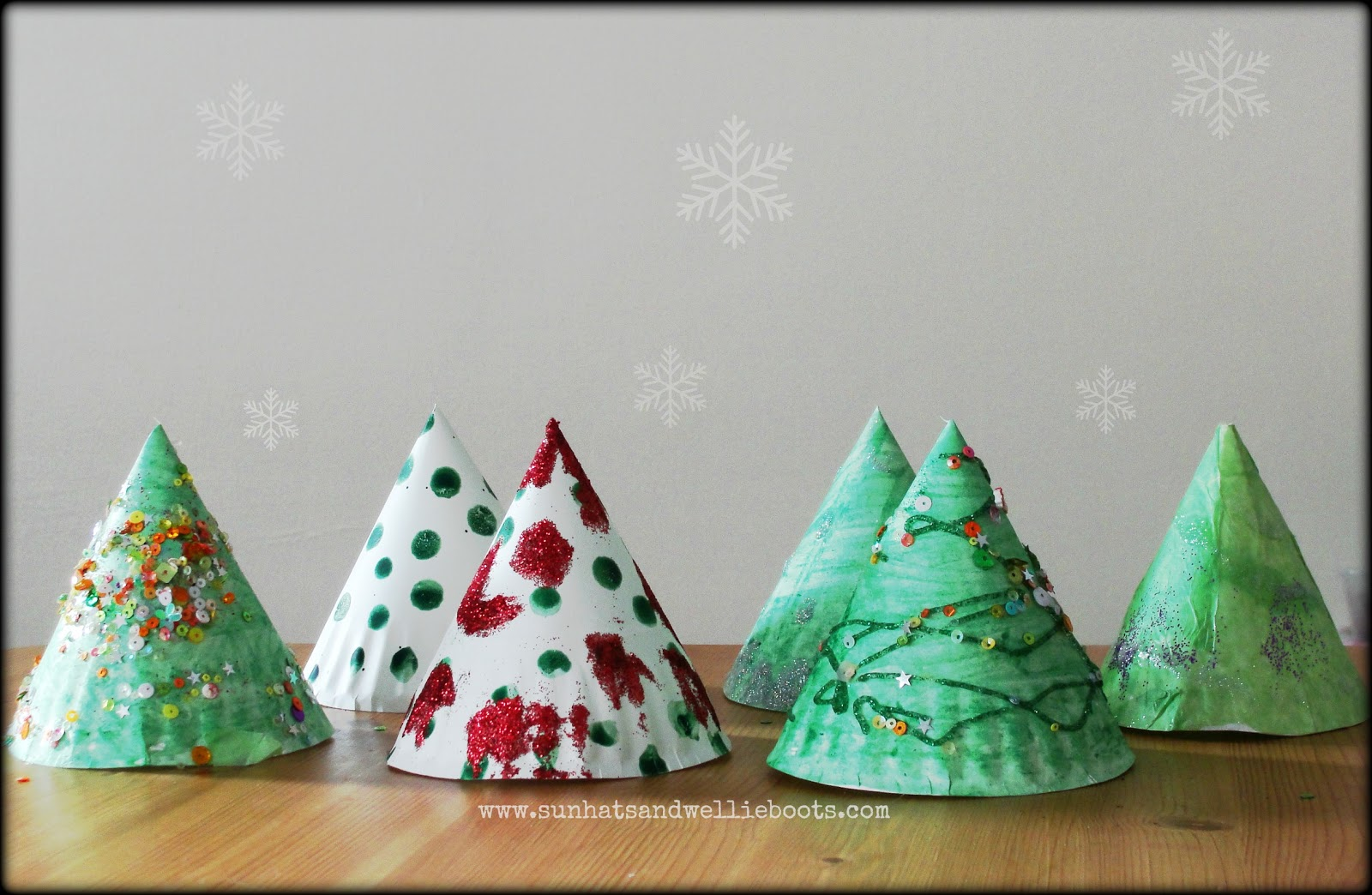 Sun Hats Amp Wellie Boots Elf Trees Paper Plate Amp Twig Tree