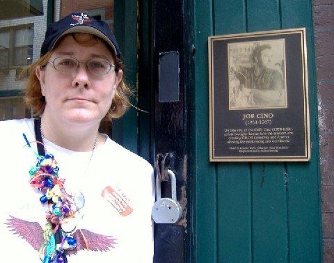 Lansing  Nell New York The Style Shop Vintage Velvet Maribu Hat