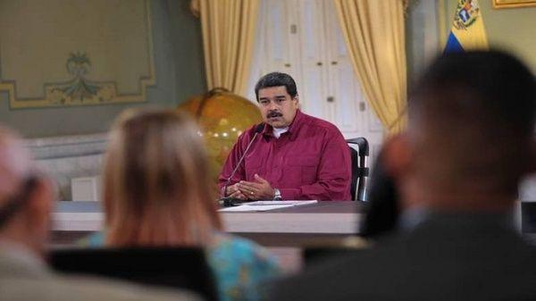 Presidente Maduro reitera contraofensiva económica en Venezuela
