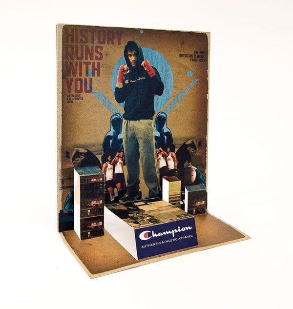 Desain brosur unik dan kreatif berkonsep retro