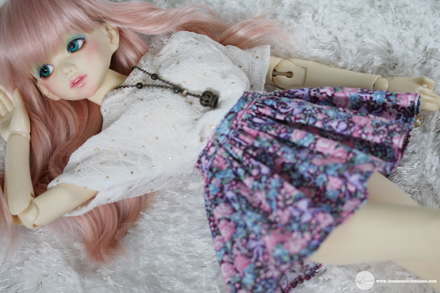 Raspberry - Unoa Lusis (belongs to @starsarerobots) wearing inEssence Creations Minifee Simple Skirt in Forget-me-not