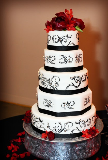 black silver and white wedding cakes white bakery beautiful black white and silver 11877