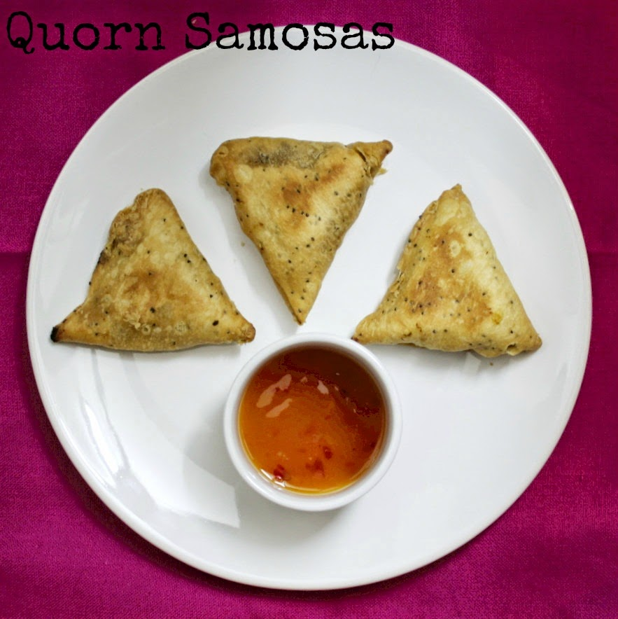 How exited was I when I spotted Quorn Indian Samosas in my local supermarket?!  Read on for my review…