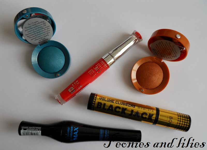 Bourjois summer 2012, Bourjois paris flowers summer 2012, Bourjous cosmetics review, Bourjois effet 3D corail artistic lipgloss, Bourjois spicy orange eyeshadow, Bourjois vivid blue eyeshadow, Bourjois volume clubbing black jack mascara, Bourjois volume glamour max waterproof mascara, peonies and lilies