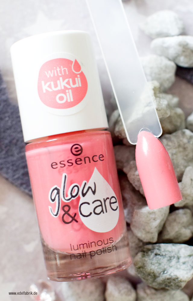 essence glow and care / 04 happy girls shine brighter, swatch