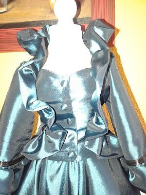 www.patronycostura.com/confección de un vestido de época victoriana.Tema 126 diy