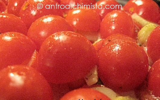 Pomodorini al Forno con Pecorino Filante