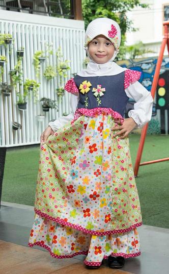 Gambar Baju Muslim Anak Wanita