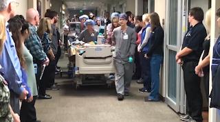 Η τελευταία «βόλτα» ενός δωρητή οργάνων στο νοσοκομείο (Βίντεο)