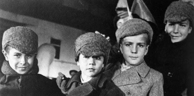 Los niños españoles a su llegada a la URSS
