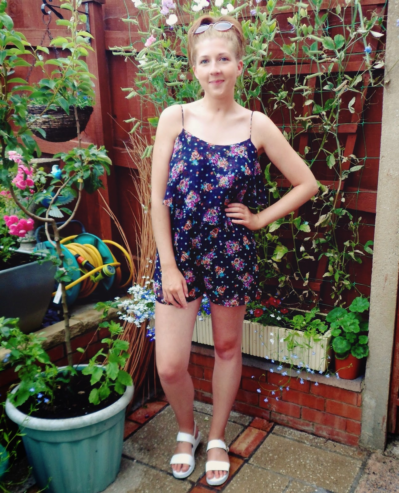 fashion, fashionbloggers, fbloggers, floral, ootd, outfitoftheday, playsuit, primark, rucksack, sunglasses, whatibought, whatimwearing, whatiwore, wiw