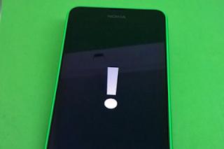 Nokia-lumia-822-exclamation-mark
