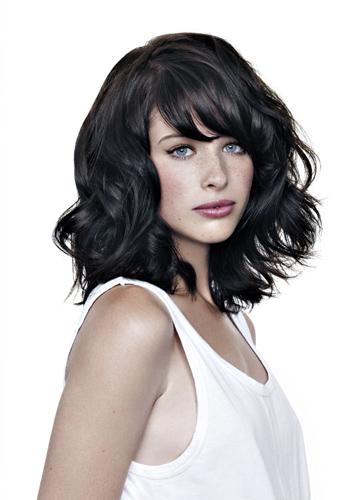 coiffure pour femmes les 10 coupes de cheveux tendance. Black Bedroom Furniture Sets. Home Design Ideas