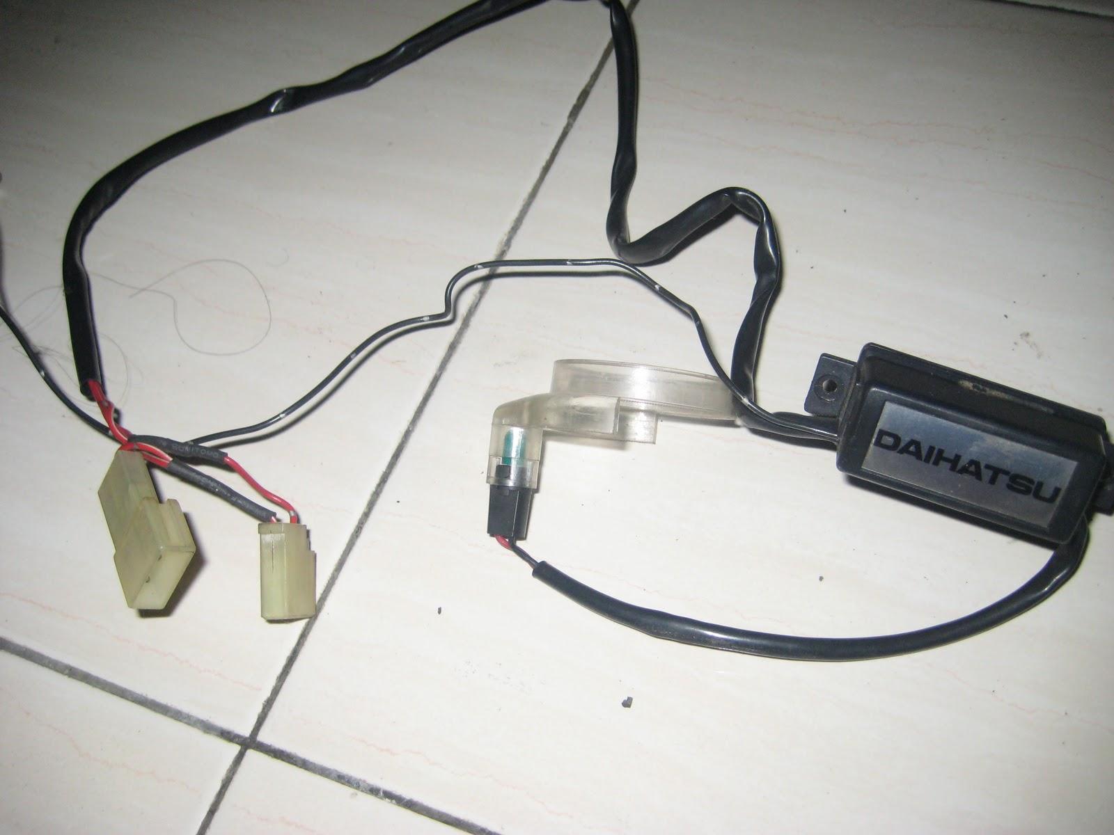 Item: Daihatsu MIRA l500/l200 Key lamp. Description: Good  Condition..Original part daihatsu..tested. Price:RMSOLD Payment Type:  COD/MAYBANK2u/ATM DEPOSIT ...