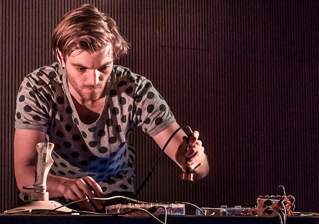 Festival Radical dB 2017 - ETOPIA ZGZ - Tunnel Ensemble (Saxo y electronica, Alemania/España)