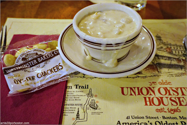 New England Clam Chowder del Restaurante Union Oyster House en Boston