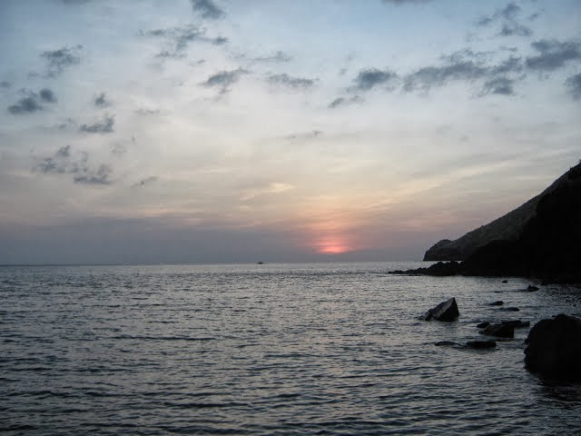 Sunset Anawangin Cove