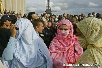 Mujeres musulmanas en París Francia
