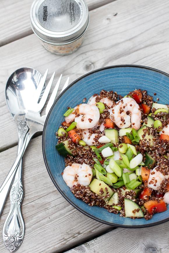 asian quinoa salad with shrimps