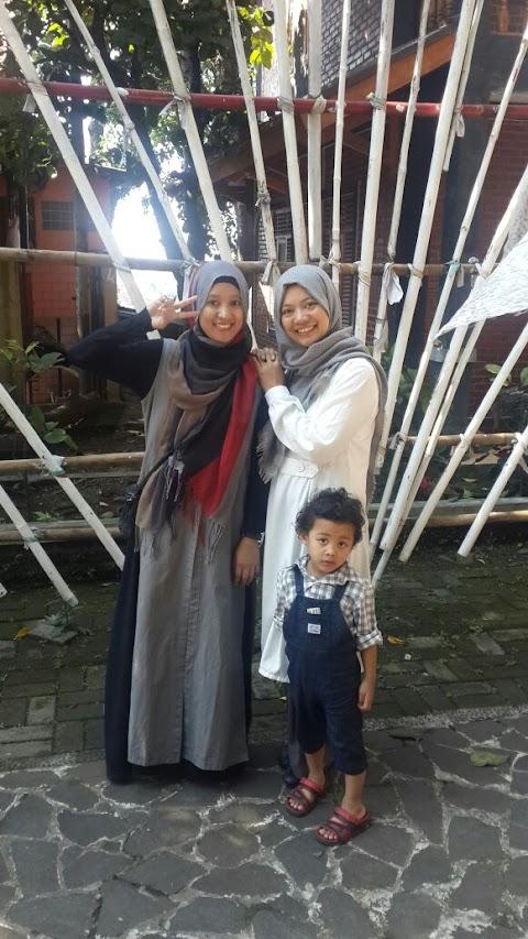 Sekelumit Metamorfosa Fashion Muslim di Indonesia