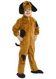 Niños disfrazados de perros.