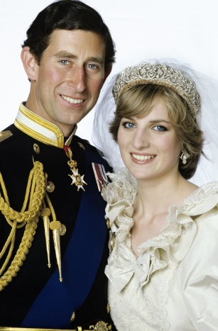 It S About As Famous Royal Wedding Dresses Come The Emanuel Design Worn By Lady Diana Spencer She Married Prince Of Wales On July 29th 1981