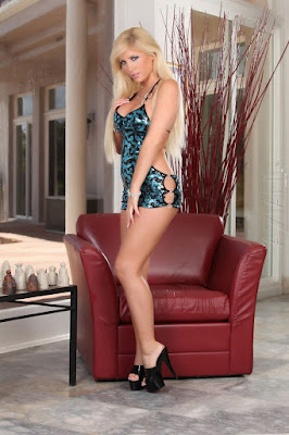 Tasha Reign - Tasha Reign merupakan wanita cantik kulit indah dan