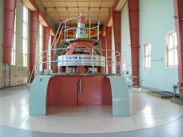 elektrownia wodna w Dychowie, hale produkcyjne