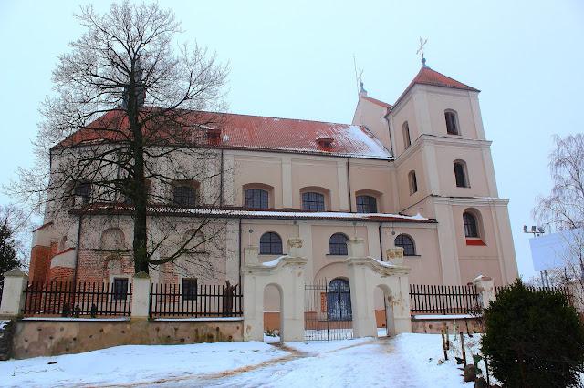Troki -  kościół farny pw. Nawiedzenia Najświętszej Maryi Panny