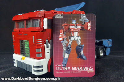 Transformers G-Studio Ultra Maxmas Optimus Prime Truck Mode and Card