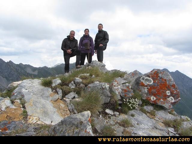 Ruta Peña Cerreos y Ubiña Pequeña: Cima Peña Cerreos
