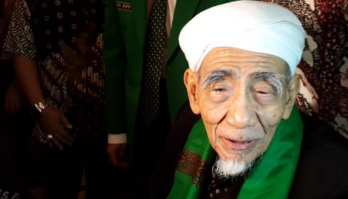 Ini Doa KH. Maimoen Zubair di Majelis Dzikir Hubbul Wathon