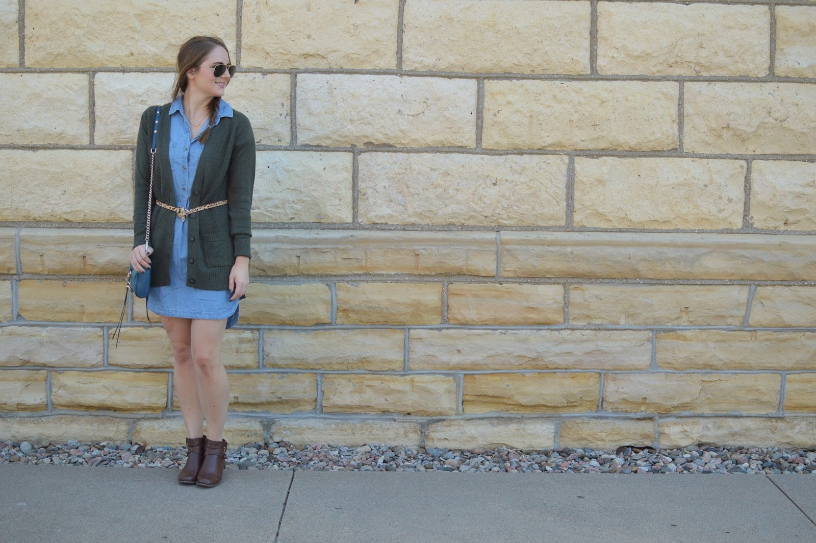 fall outfit ideas | chambray dress for fall | how to style a chambray dress | what to pair with a chambray dress
