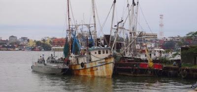 SEDENA detiene tripulantes del Vikingo II del puerto de Tampico, Tamaulipas en Coatzacoalcos