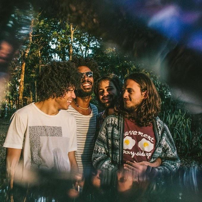 Boogarins lança single e planeja novo álbum para 2017