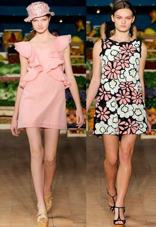 ... Moschino Cheap   Chic alle sfilate Primavera - Estate 2012 è colorata e  nello stesso tempo semplice 6b5432a7027