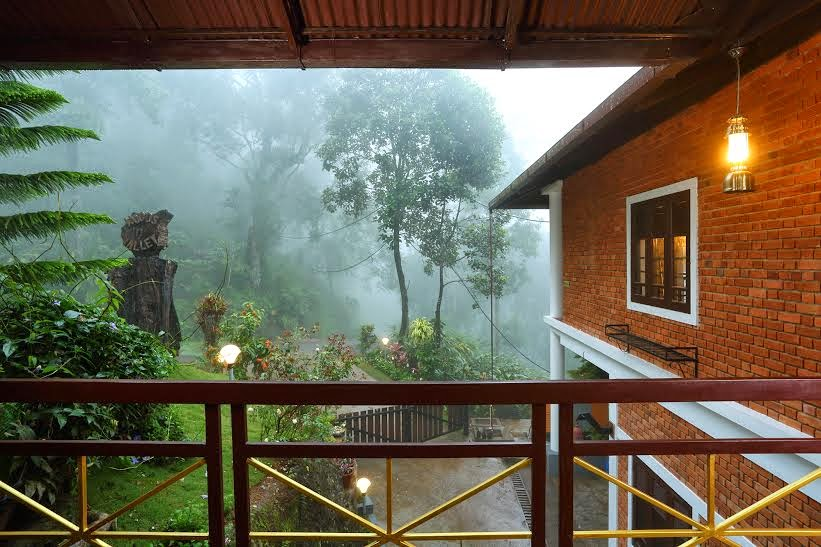 how to reach munnar madhumantra resort, location of madhumantra resort munnar, best deals for madhu mantra resorts munnar