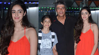 ananya pandey with family