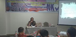 Kabid Keswan Dan Kesmavet Membuka Pertemuan Sosialisasi Pembinaan NKV Pada Unit Produk Provinsi Jambi.