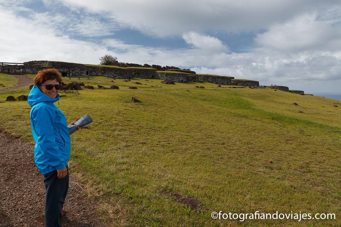 Aldea ceremonial Orongo en Isla de Pascua