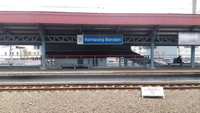 Menuju ATlantis Ancol Menggunakan KRL Stasiun Kampung Badan