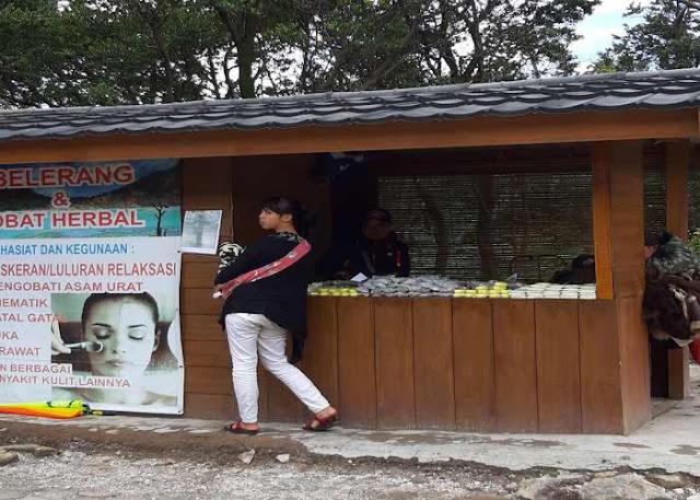 Tempat Jual Oleh - Oleh di Kawah Putih Ciwidey Bandung