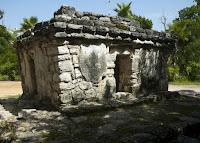 Zona Arqueológica de Xcaret, Riviera Maya