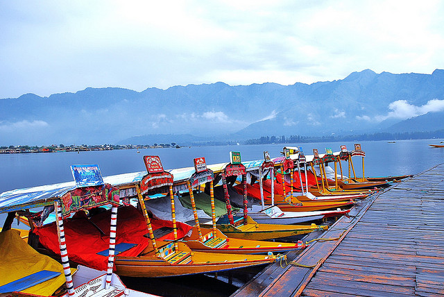 Houseboat Vacation in Kashmir